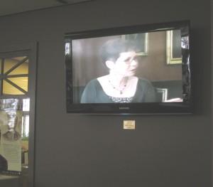 tv_front_desk